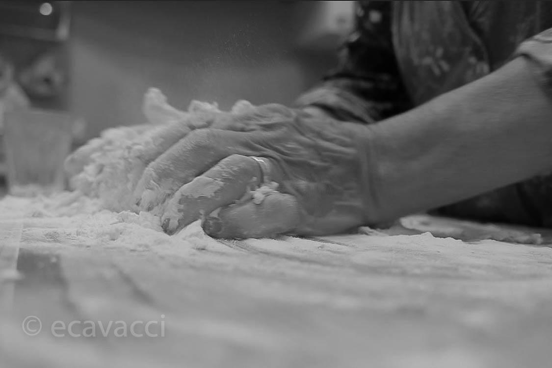 le mani si usano in cucina