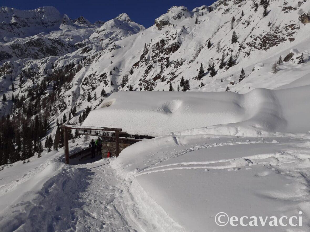 5-laghi-valgoglio-beergamo-con la-neve